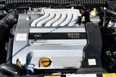 Opel-Calibra-25-V-Keke-Rosberg-Edition_04